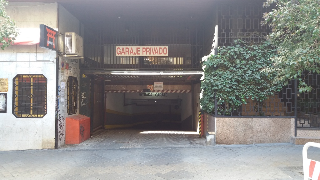 Plaza de parking en Madrid en UNIVERSIDAD  Melendez Valdes