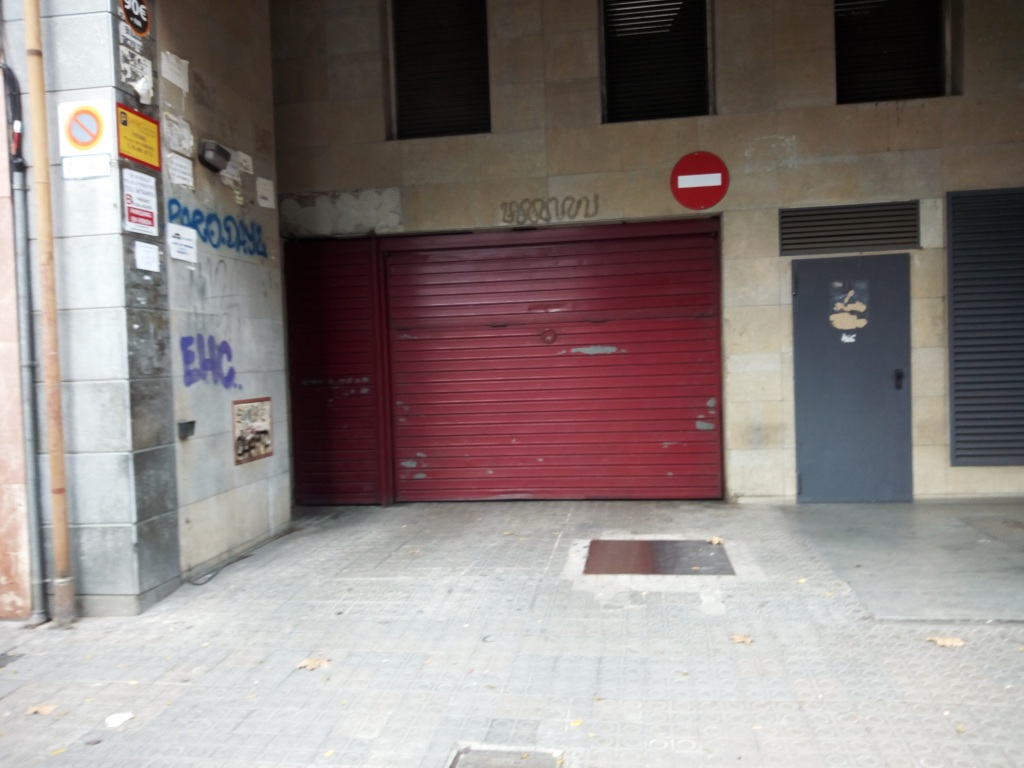 Plaza de parking en Barcelona en LA BORDETA  Sant Pere d´abanto